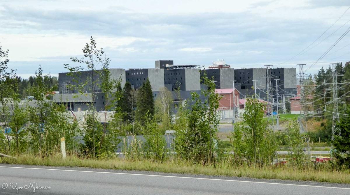 Sairaala Novan rakennustyömaa näkyi Ronsuntaipaleentieltä.