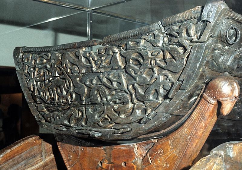 RICHESSE DE L'ART ROMAN - Vikings et drakkars
