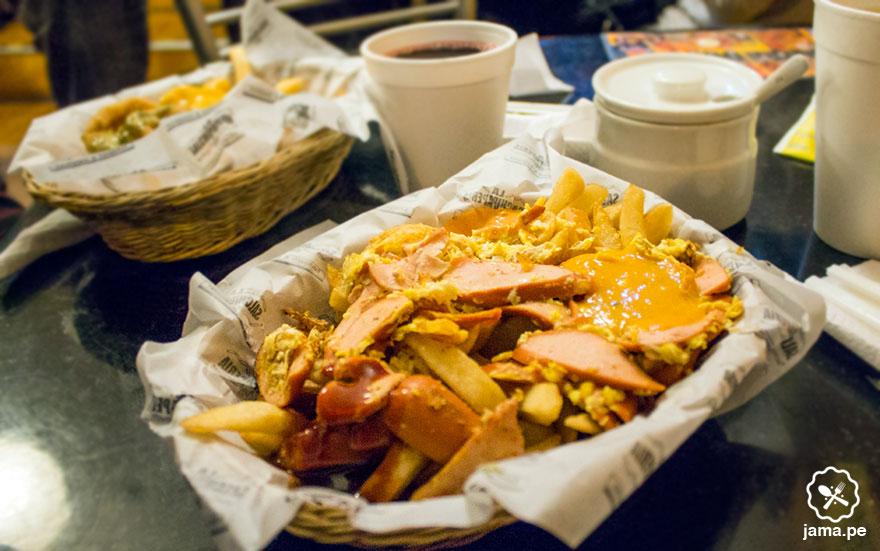 la-salchipaperia-miraflores-restaurante