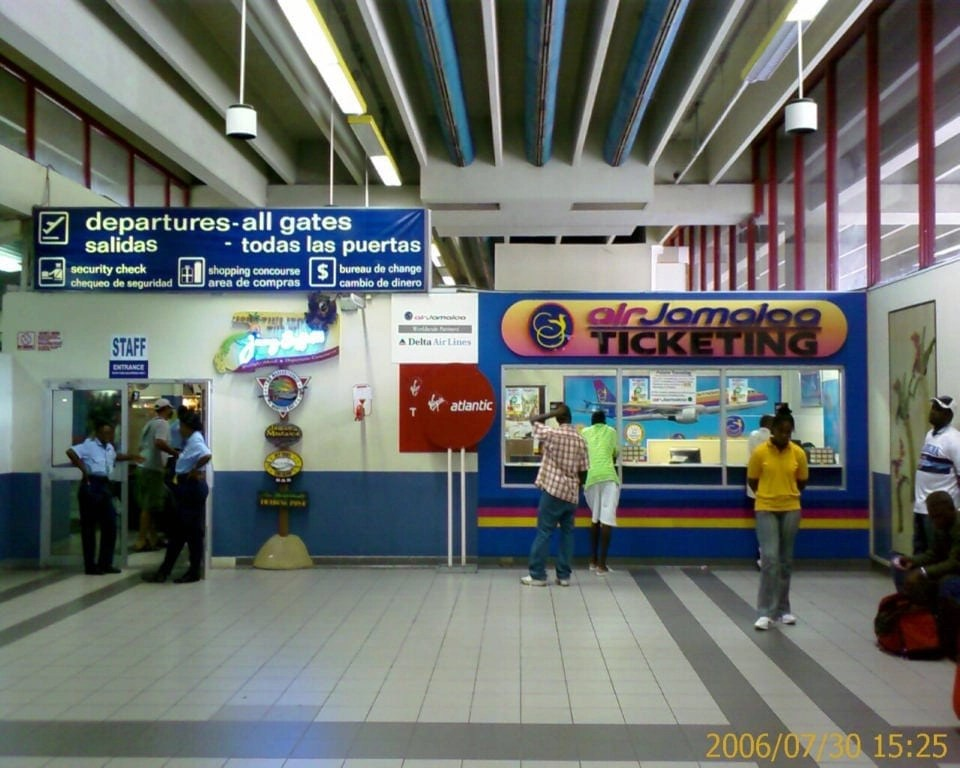 fly into Jamaica Airports