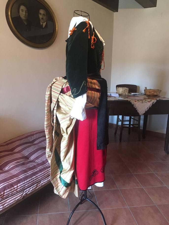 Abito tradizionale calabrese