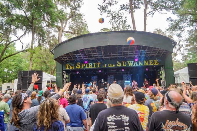 Suwannee Rising 2019 Mushroom Stage