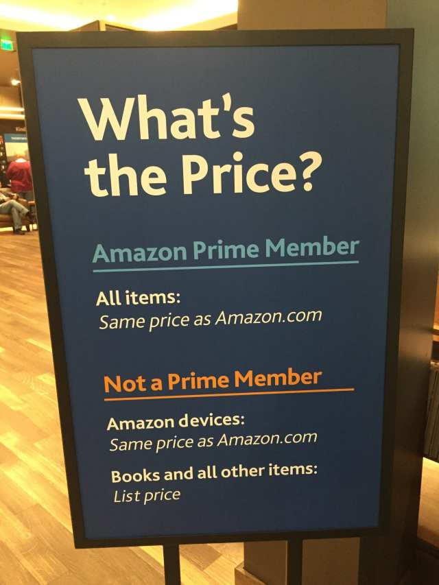 Amazon books ... in the flesh - (1)