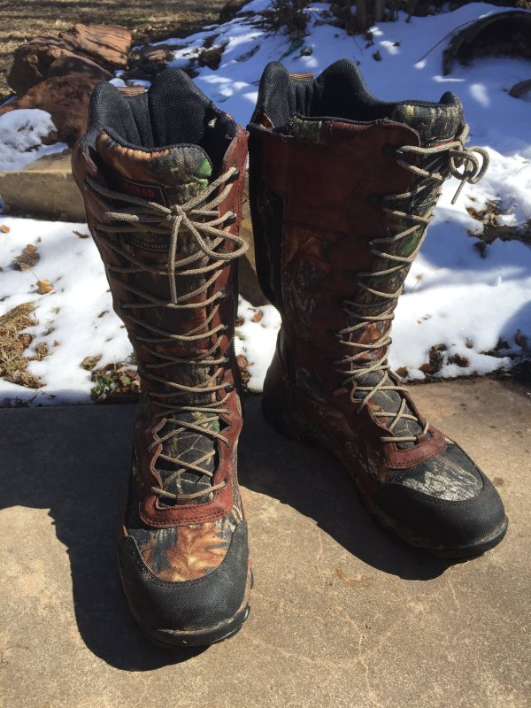 I have been very happy with my Bass Pro Shops Redhead RCT Snake Boots. They are comfortable, waterproof, durable, and a great value.