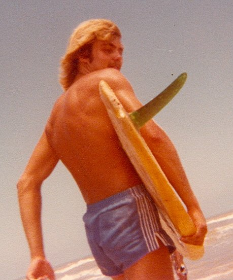 I certainly looked the part of a surfer. Big fail with a waterlogged surfboard.