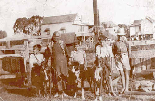 Granny Janey Brown at North Lismore in 1935 with her grandsons.