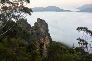 Three Sisters at dawn in the Blue Mountains