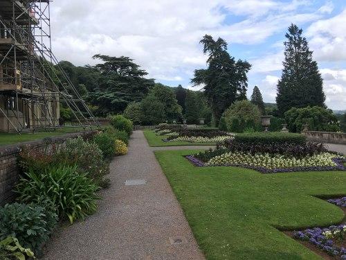 Tynetesfield Gardens