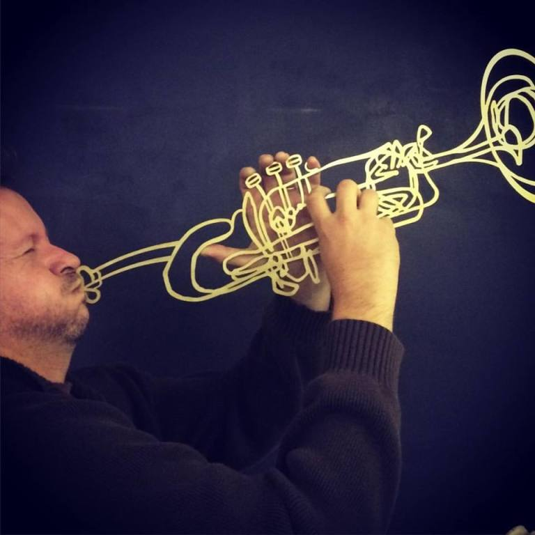 trumpet face