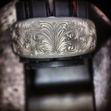 Luminesque Engraving on Silver Ring