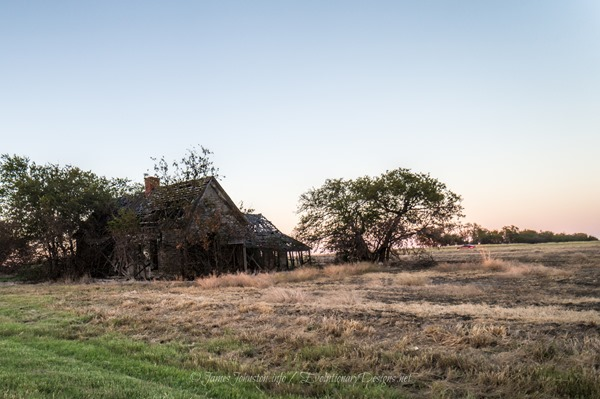 Abandoned Farm House Just North of Italsca, Texas