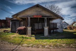Random Picture of Week #12: Abandoned Service Station and Truck in Italy, Texas