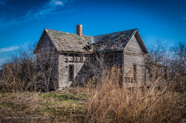 Abandoned Farm House Near Italy, Texas