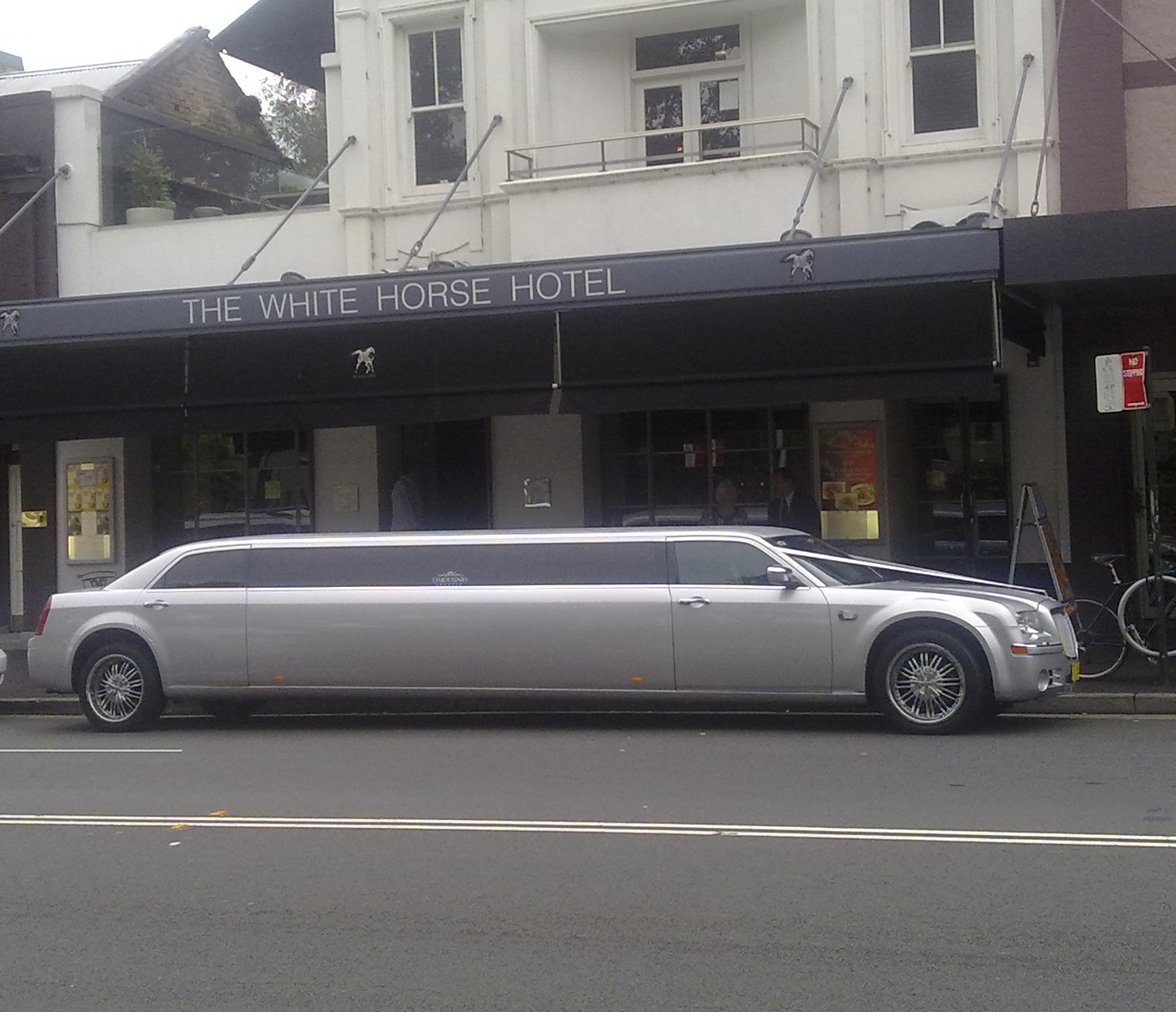 On the way home I spotted this great wedding limo on Crown Street
