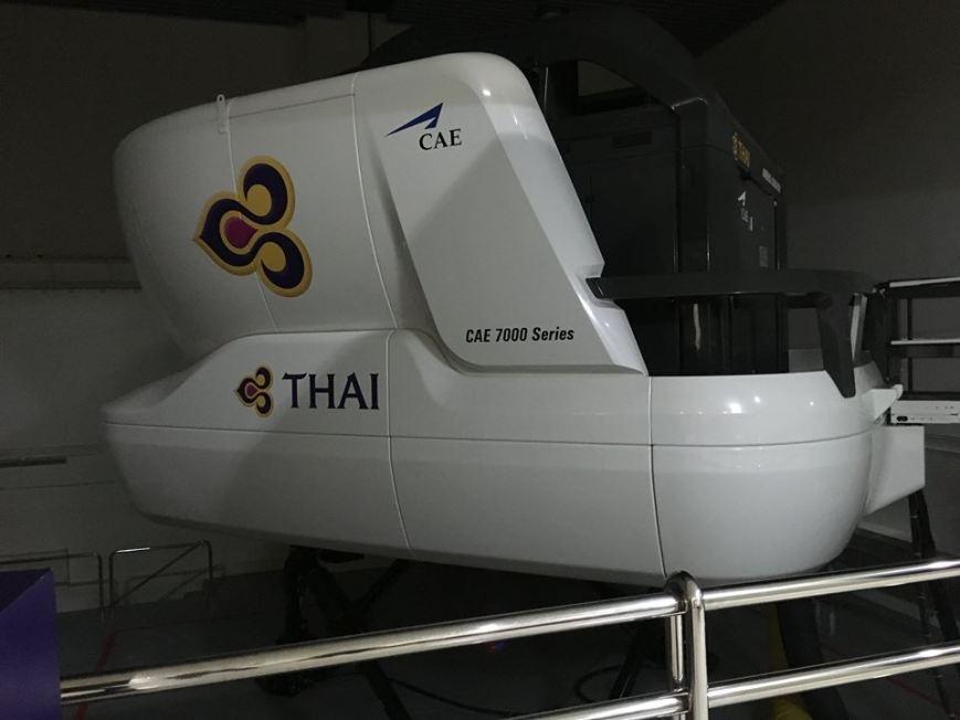 James Van Dellen . A380 Simulator . Thai Airways