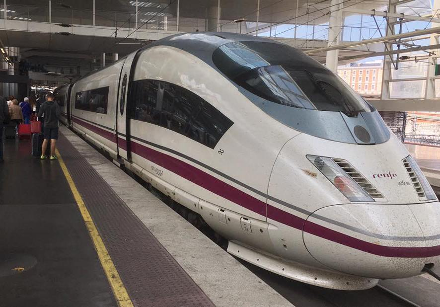 AVE High Speed . Barcelona-Madrid