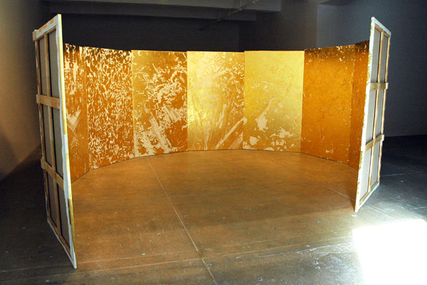 """Jim Hodges and still this 2005-2008 23.5K and 24K gold with Beva on gessoed linen in 10 parts 200"""" x 185"""" x 89"""". Source: JamesWagner.com."""