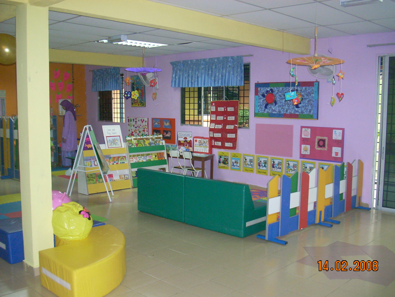 Kongsi baca di rumah kanak kanak tunku budriah jameyah s for Contoh lukisan mural tadika