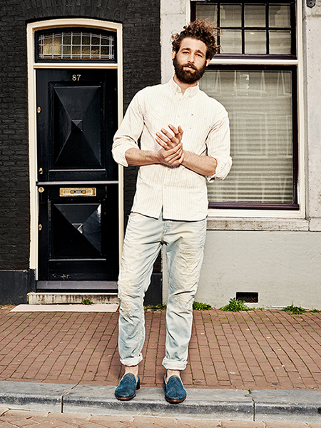 Scotch & Soda S/S14 Amsterdam Blauw Denim Collection White shirt denim jeans blue loafers