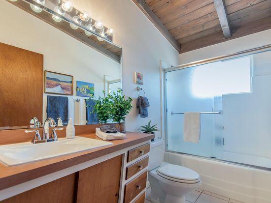 Midcentury ranch bathroom