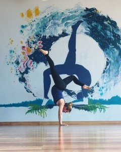 yoga pregnant handstands