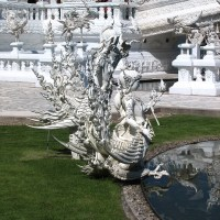 Will Wat Rong Khun survive the earthquake?