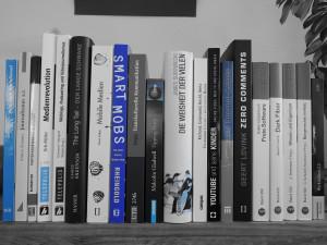 Buchrücken - Literatur zum Thema Citizen Media