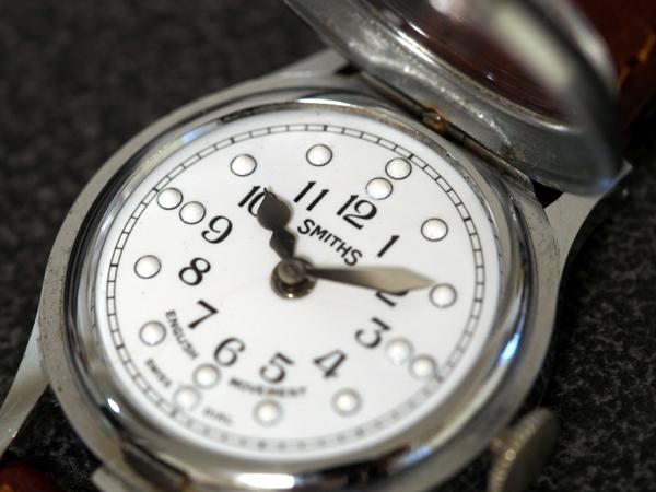 スミス 点字時計 ポーセリンダイヤル