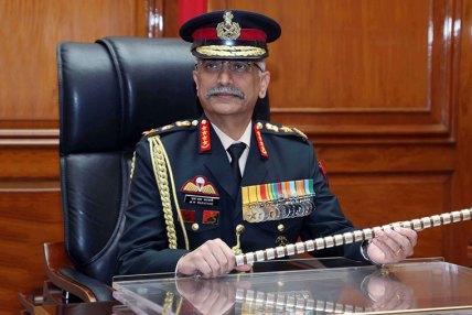 भारतीय सेना प्रमुखलाई मानार्थ महारथीको दर्ज्यानी नदेउ