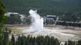 Road-trip-national-parks-USA-Yellowstone-old-geyser-Montana-Wyoming-Idaho-summer-2013
