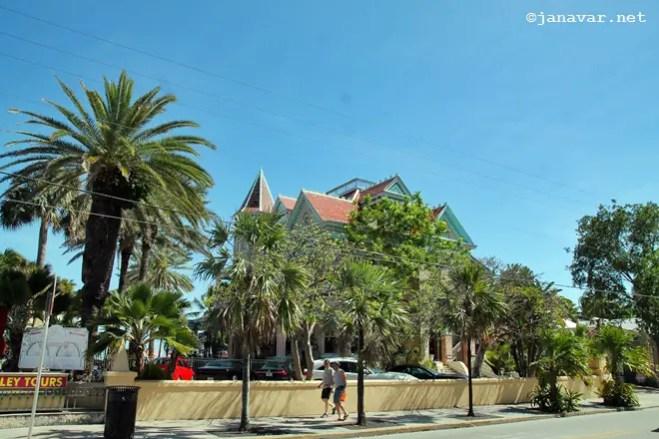 janavar-Travel-Miami to Key West-road trip-paradise