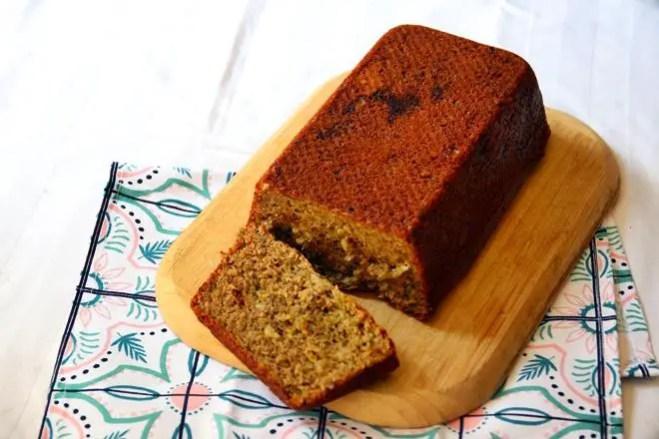 janavar.net   Recipe: Pistachio Banana Bread