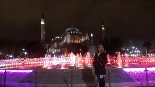 Sultanahmet noću - Sultanahmet Park at night