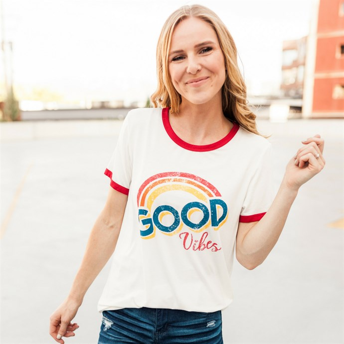 good vibes tee, Jane