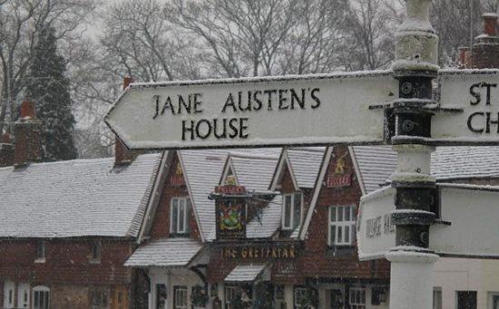 Jane_Austen_sign_in_snow