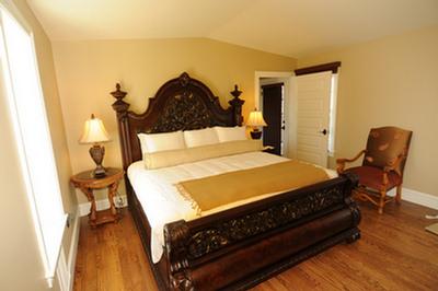 inn-boonsboro-princess-bride-room