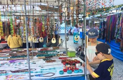 Hippie-fair market