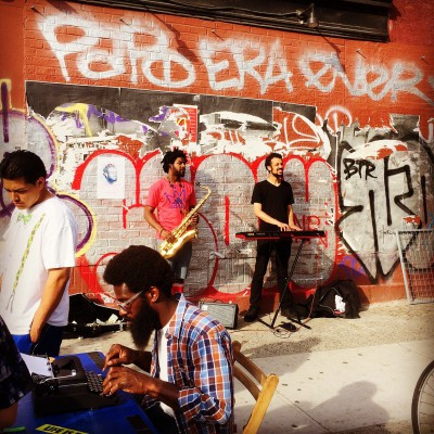 Street music and poetry in Williamsburg
