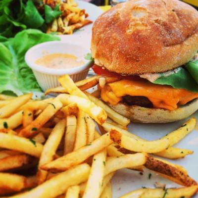 Burger at Juliette, Williamsburg
