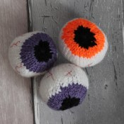 Knitted eye balls