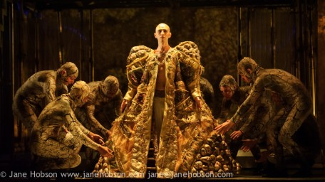 "EMBARGOED UNTIL FRIDAY 4th MARCH 2016, 7:30pm: London, UK. 02.03.2016. English National Opera presents ""Akhnaten"", composed by Philip Glass, and directed by Phelim McDermott. Picture shows: Anthony Roth Costanza (Akhnaten) and skills ensemble, Gandini Juggling. Photograph © Jane Hobson."