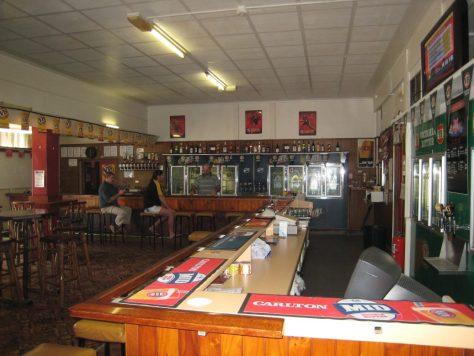 Proserpine Pub