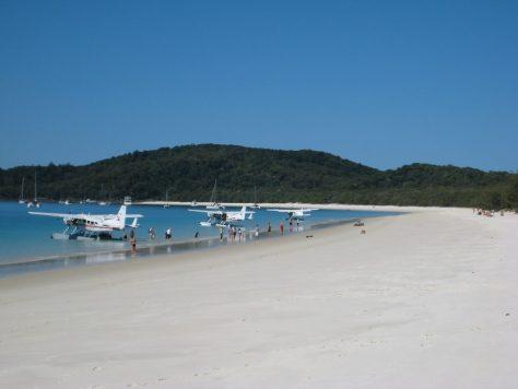 Anreisen kann man auch per Wasserflugzeug