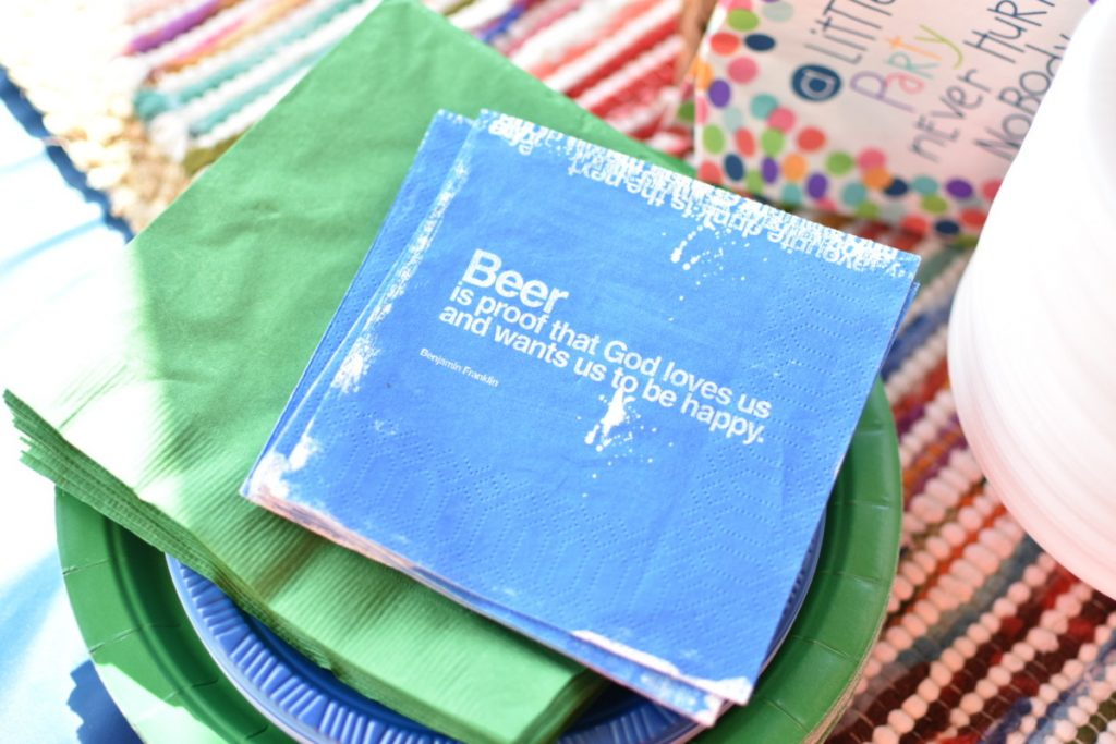 Beer-themed party napkins