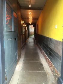 Entrance via Tinsmith Alley