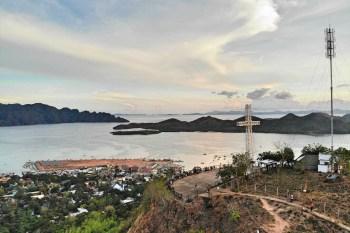 【科隆島Coron】兩大陸上景點:十字架山Mt. Tapyas 與 露天海水溫泉Maquinit Hot Spring