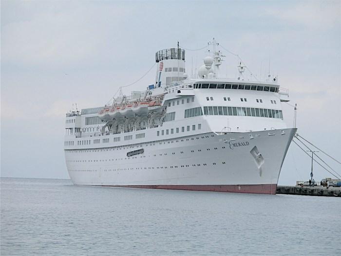 cruise ship travel, Emerald cruise ship, Greece