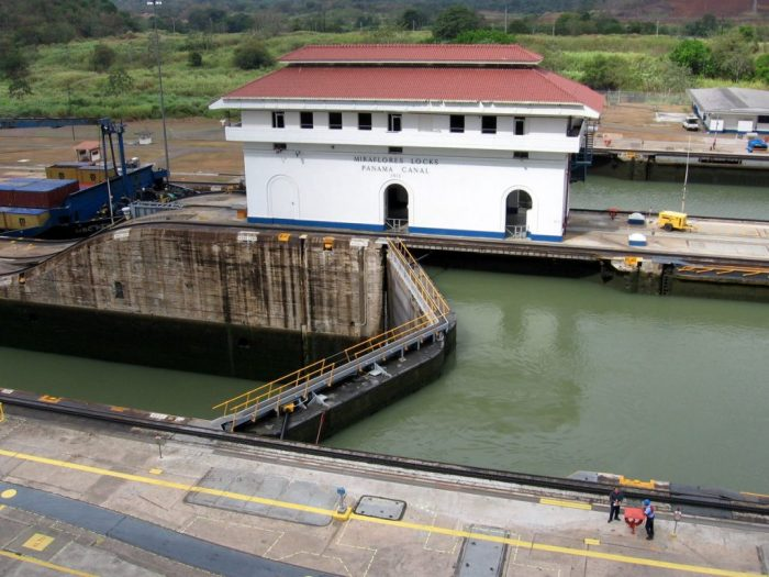 Miraflores locks is on the interesting Panama facts list