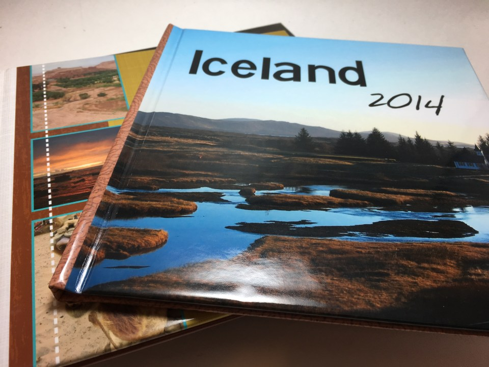 photo book Christmas gift ideas for female travelers