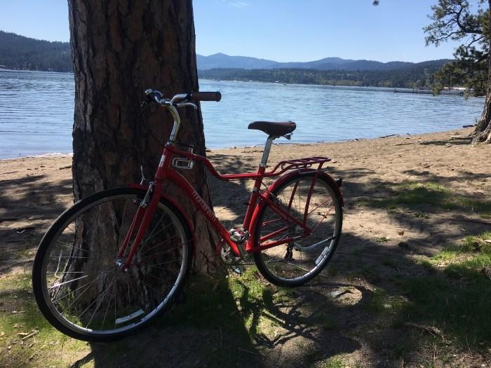 Red bike Coeur d'Alene Lake